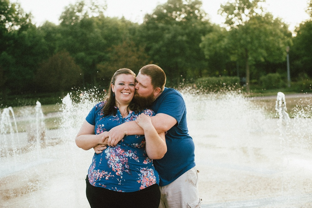 headwaters-park-fort-wayne-engagement-wedding-photographer-26