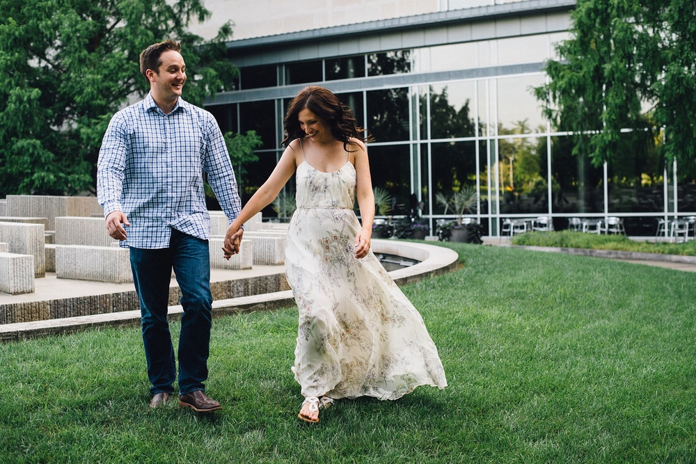 indianapolis-museum-of-art-engagement-session-midwest-wedding-photographer-fort-wayne-7