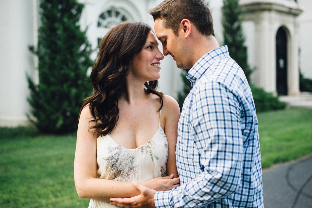 indianapolis-museum-of-art-engagement-session-midwest-wedding-photographer-fort-wayne-11