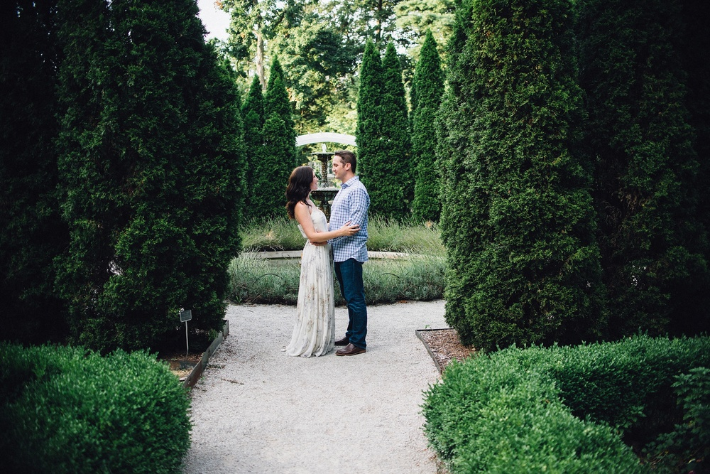 indianapolis-museum-of-art-engagement-session-midwest-wedding-photographer-fort-wayne-17