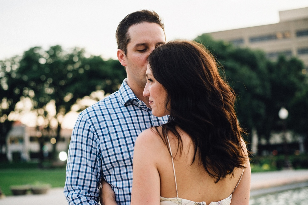 indianapolis-museum-of-art-engagement-session-midwest-wedding-photographer-fort-wayne-29
