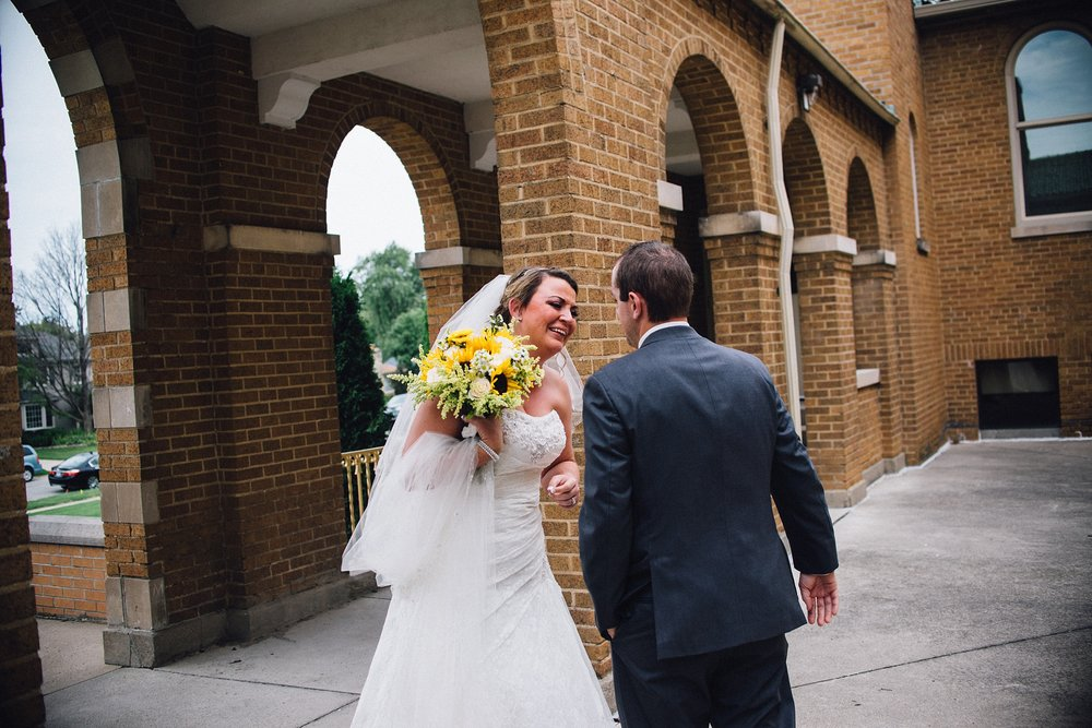 downtown-fort-wayne-wedding-yolos-event-center-courthouse-indiana-photographer-24