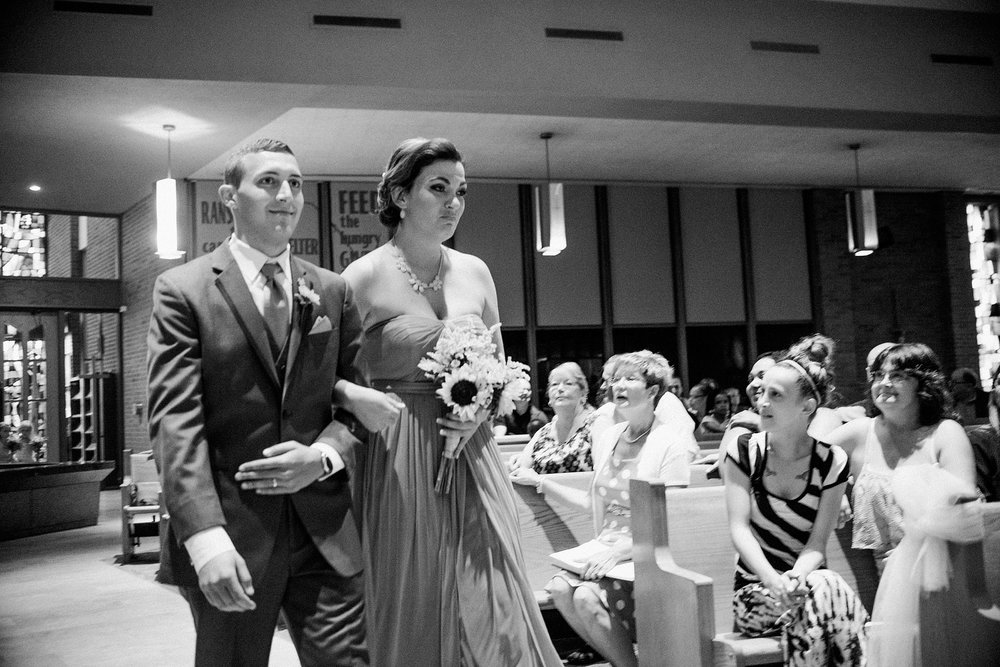 downtown-fort-wayne-wedding-yolos-event-center-courthouse-indiana-photographer-32