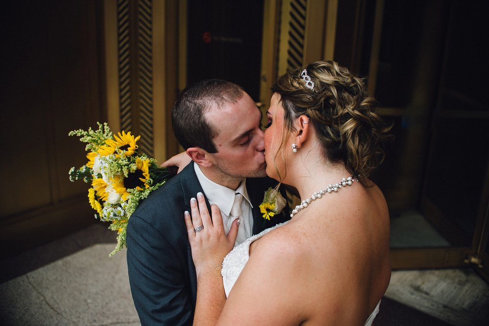 downtown-fort-wayne-wedding-yolos-event-center-courthouse-indiana-photographer-courthouse-50