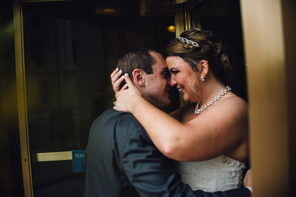 downtown-fort-wayne-wedding-yolos-event-center-courthouse-indiana-photographer-52
