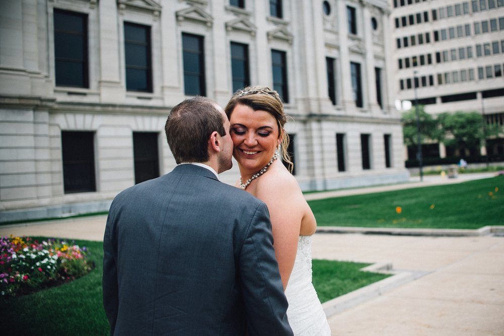 downtown-fort-wayne-wedding-yolos-event-center-courthouse-indiana-photographer-56