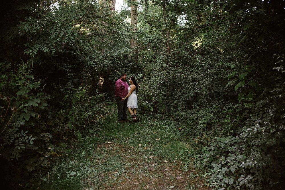salomon-farms-engagement-session-fort-wayne-wedding-photographer-8