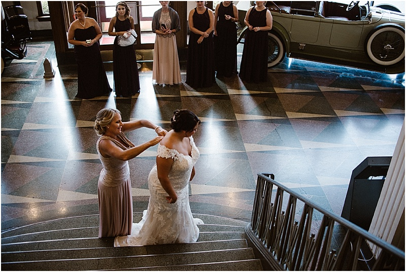 elegant-auburn-cord-duesenberg-museum-wedding-fort-wayne-photographer-8