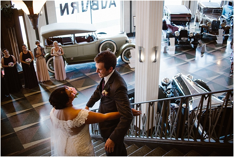elegant-auburn-cord-duesenberg-museum-wedding-fort-wayne-photographer-12