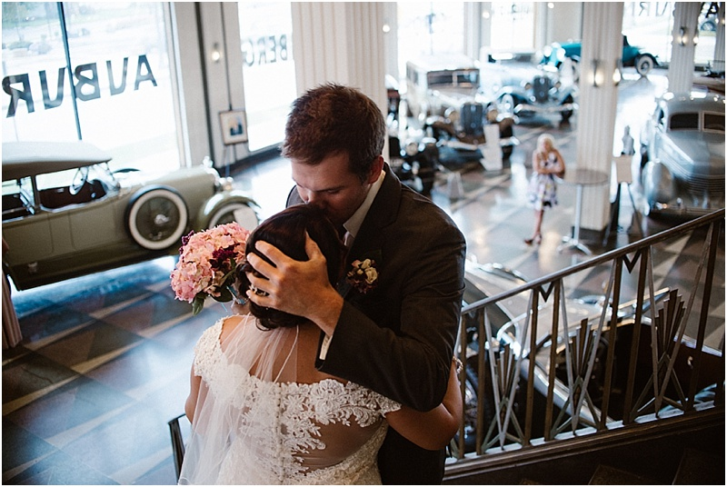 elegant-auburn-cord-duesenberg-museum-wedding-fort-wayne-photographer-14