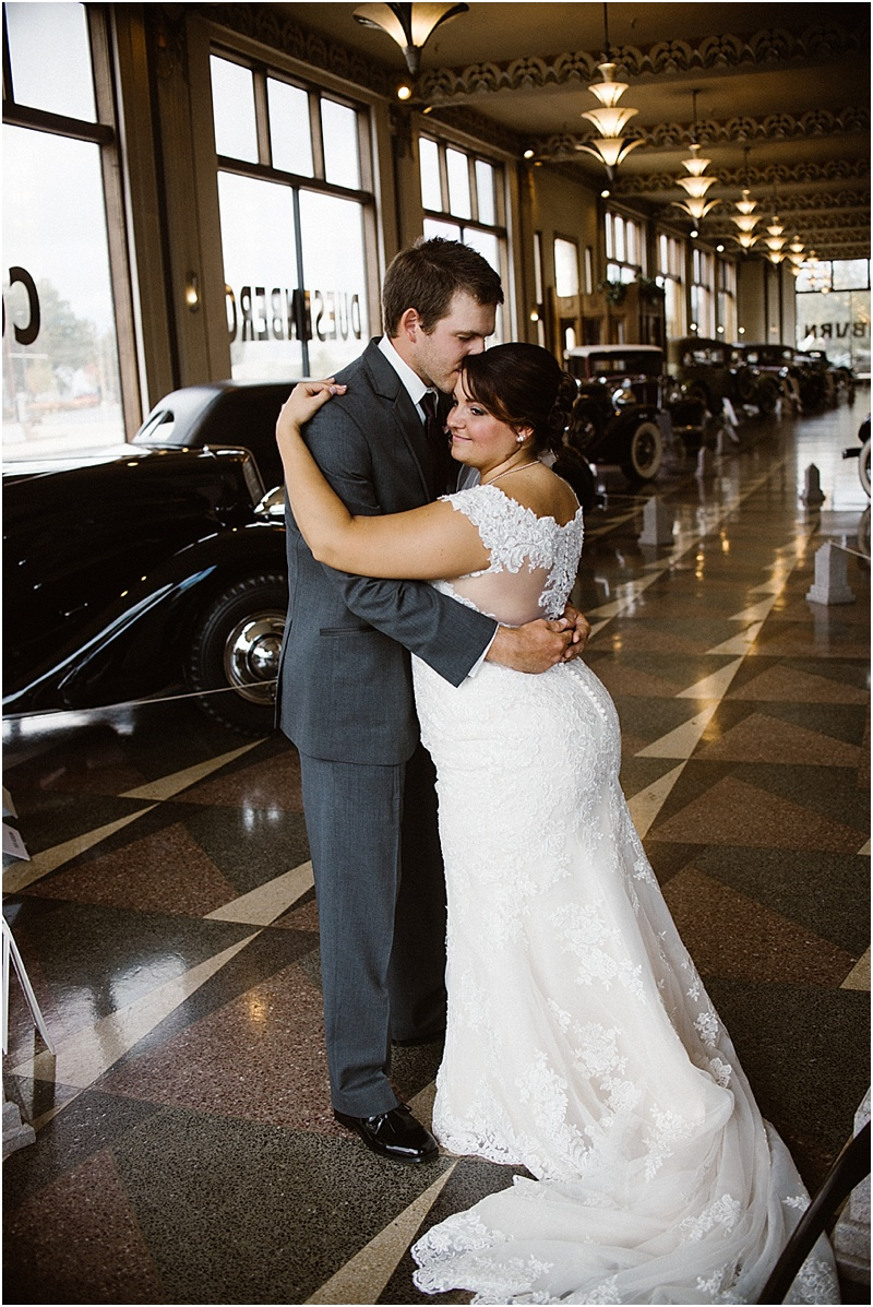 elegant-auburn-cord-duesenberg-museum-wedding-fort-wayne-photographer-34
