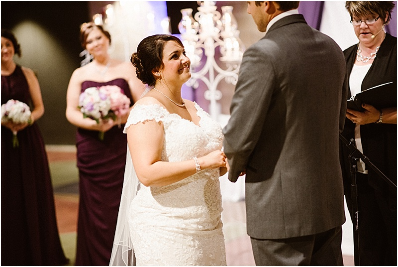 elegant-auburn-cord-duesenberg-museum-wedding-fort-wayne-photographer-44