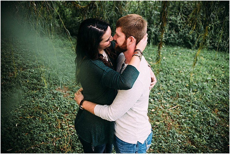 headwaters-park-couples-session-fort-wayne-indiana-wedding-photographer-2