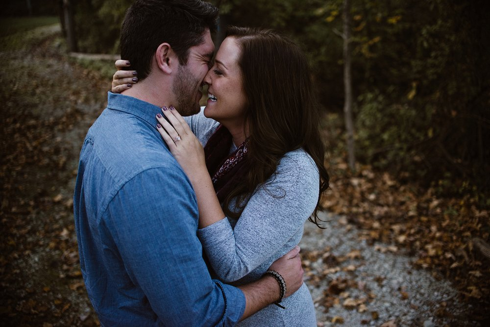cozy-indianapolis-fall-engagement-session-midwest-wedding-photographer-4