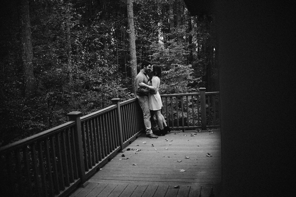cozy-indianapolis-fall-engagement-session-midwest-wedding-photographer-6