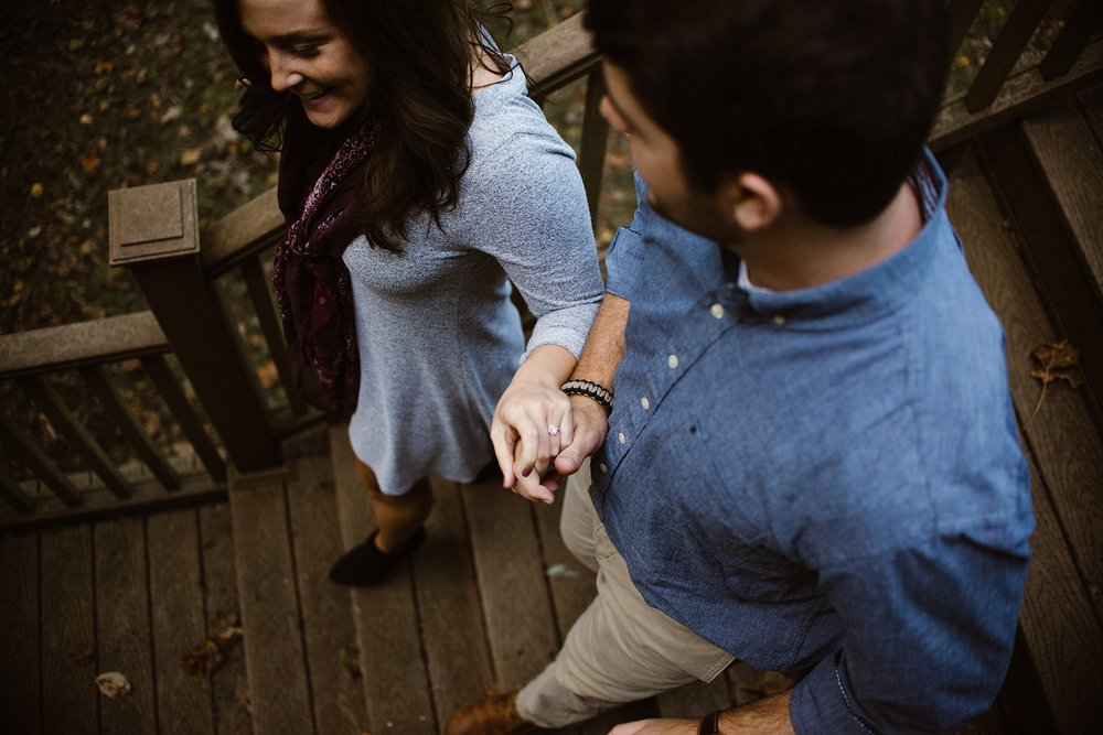 cozy-indianapolis-fall-engagement-session-midwest-wedding-photographer-7