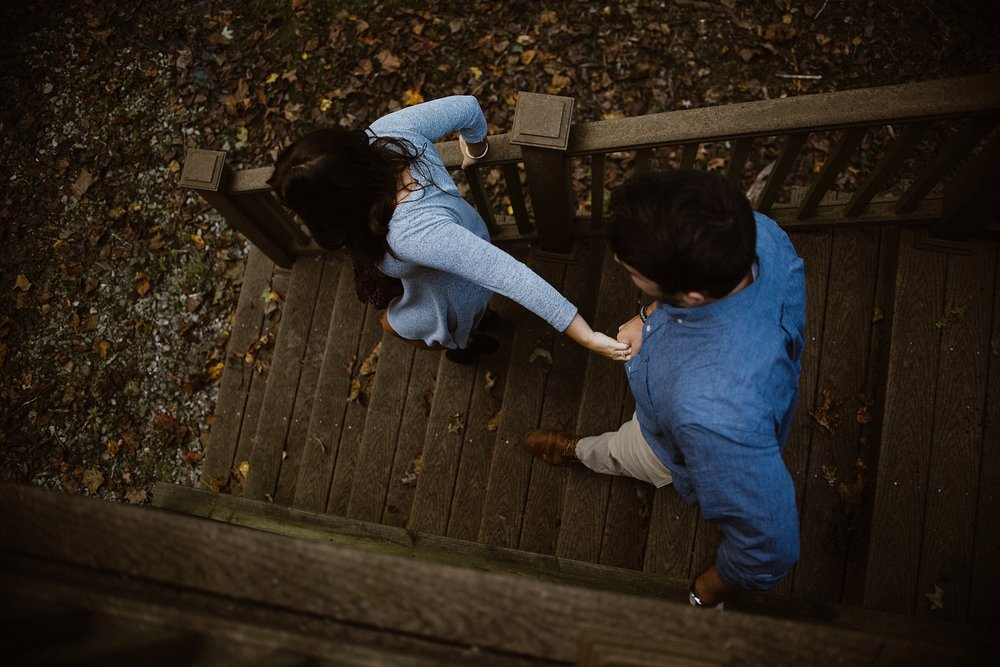 cozy-indianapolis-fall-engagement-session-midwest-wedding-photographer-8
