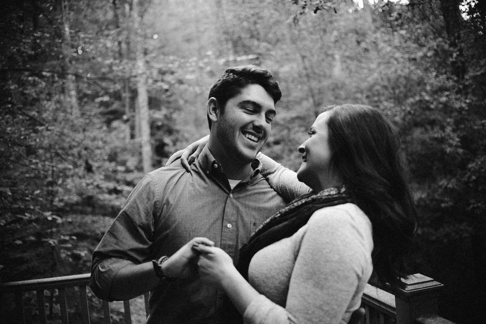 cozy-indianapolis-fall-engagement-session-midwest-wedding-photographer-5