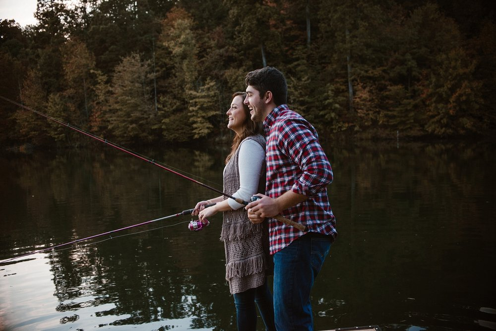 cozy-indianapolis-fall-engagement-session-midwest-wedding-photographer-23