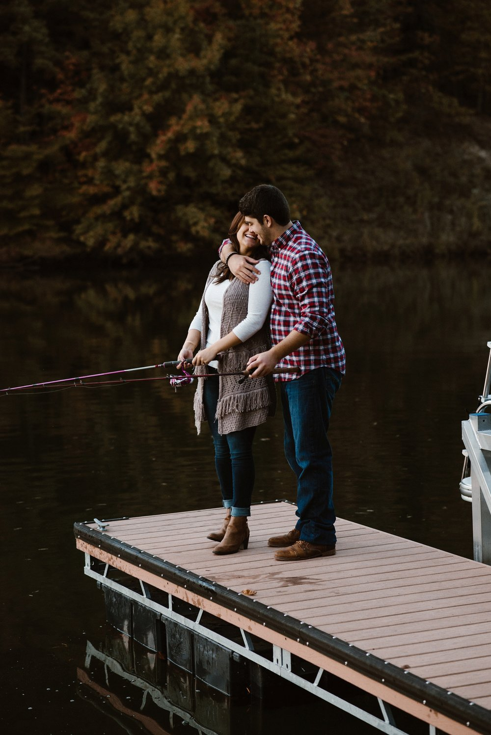 cozy-indianapolis-fall-engagement-session-midwest-wedding-photographer-28
