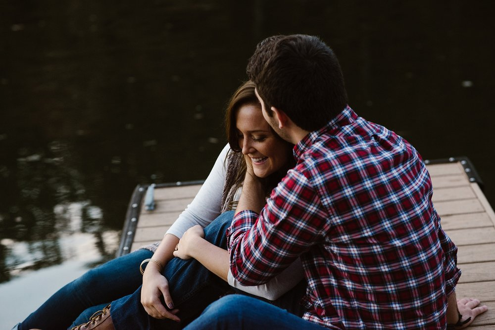 cozy-indianapolis-fall-engagement-session-midwest-wedding-photographer-30