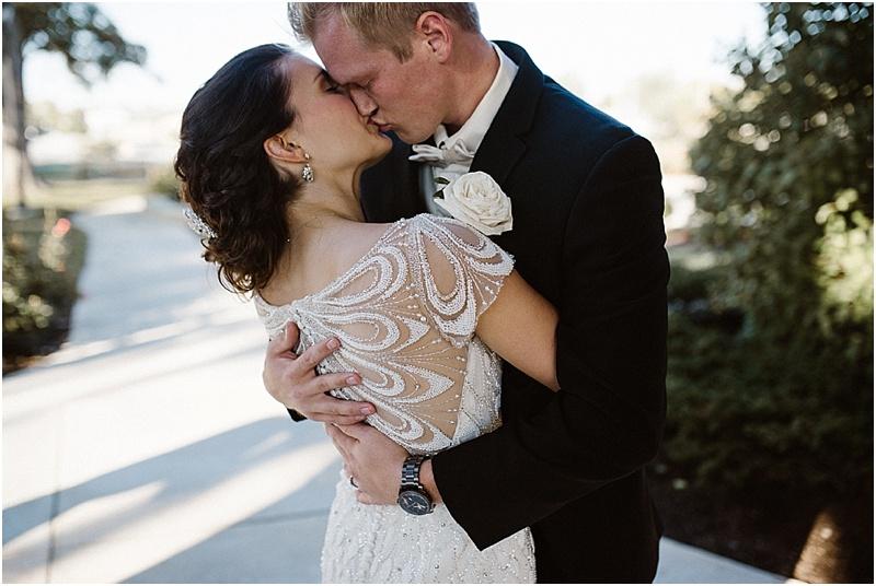 neutral-glam-cerutis-summit-park-diamond-room-wedding-fort-wayne-photographer-51