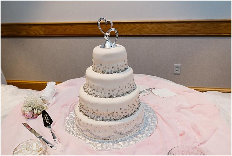 neutral-glam-cerutis-summit-park-diamond-room-wedding-fort-wayne-photographer-58