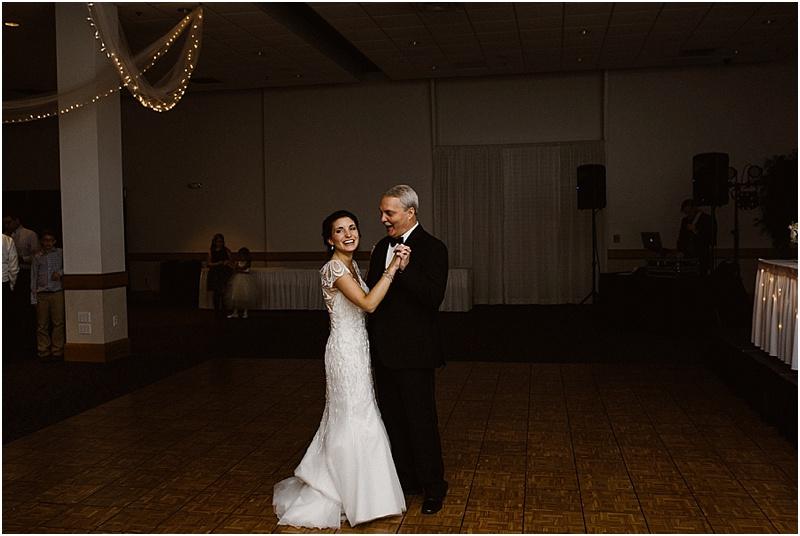 neutral-glam-cerutis-summit-park-diamond-room-wedding-fort-wayne-photographer-62
