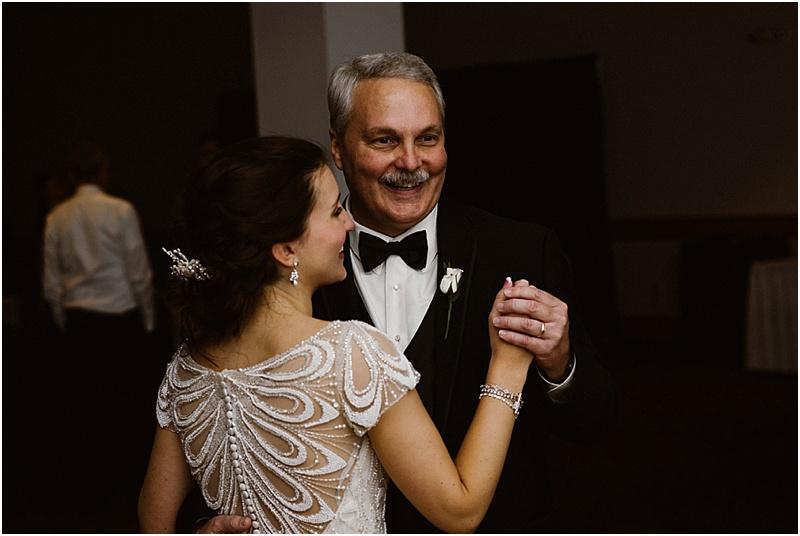 neutral-glam-cerutis-summit-park-diamond-room-wedding-fort-wayne-photographer-63
