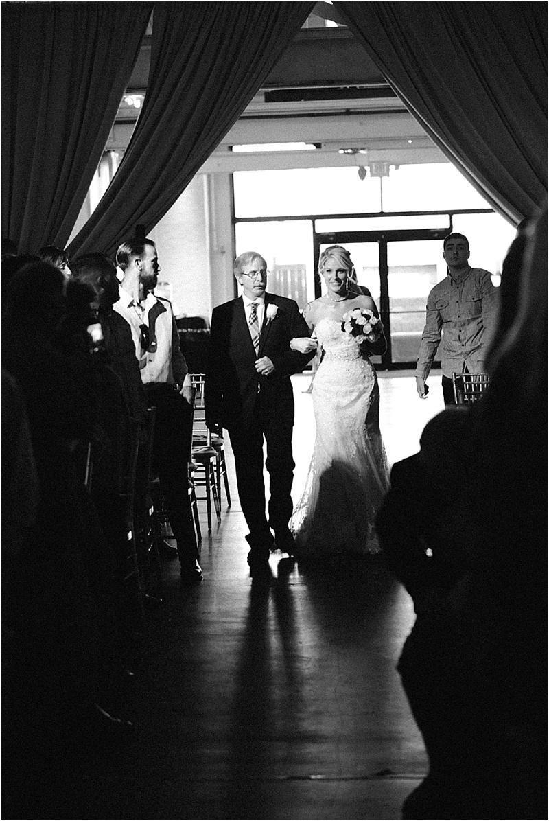 the-crane-bay-indianapolis-indiana-wedding-photographer-11