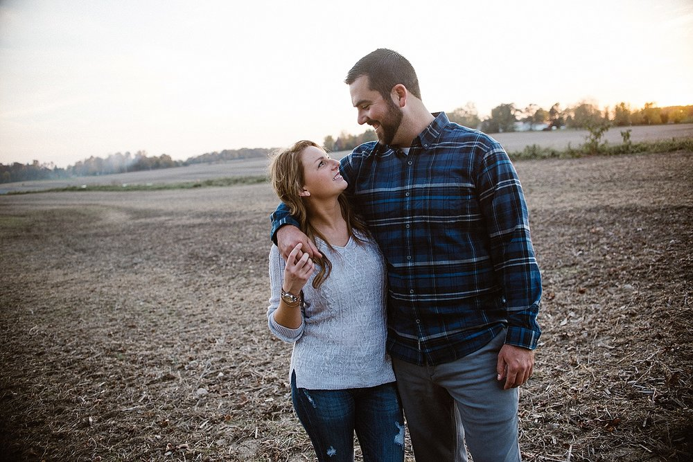 backyard-autumn-engagement-session-fort-wayne-indiana-wedding-photographer-20