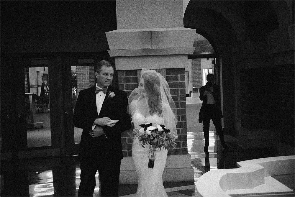 elegant-wedding-empyrean-events-catering-fort-wayne-indiana-photographer-23