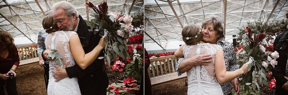 botanical-conservatory-elopement-wedding-fort-wayne-indiana-photographer-17botanical-conservatory-elopement-wedding-fort-wayne-indiana-photographer-18