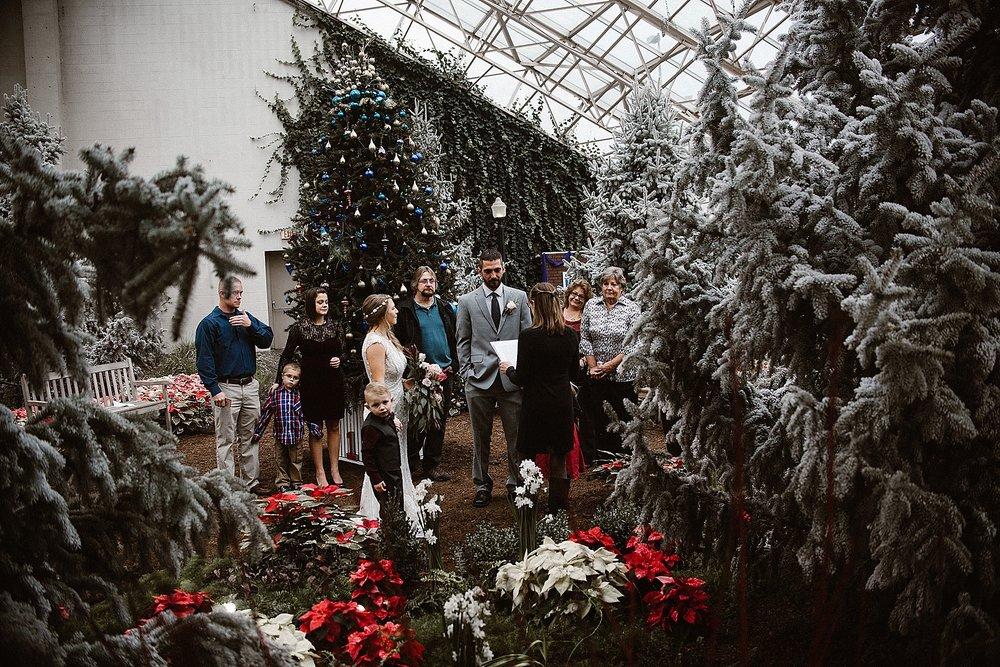 botanical-conservatory-elopement-wedding-fort-wayne-indiana-photographer-12