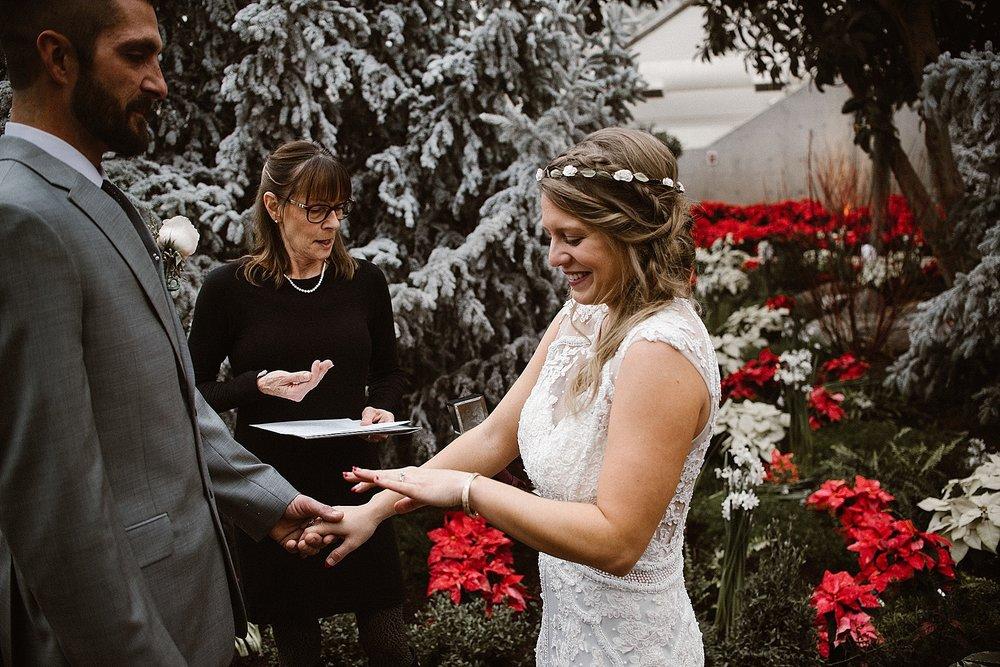 botanical-conservatory-elopement-wedding-fort-wayne-indiana-photographer-14