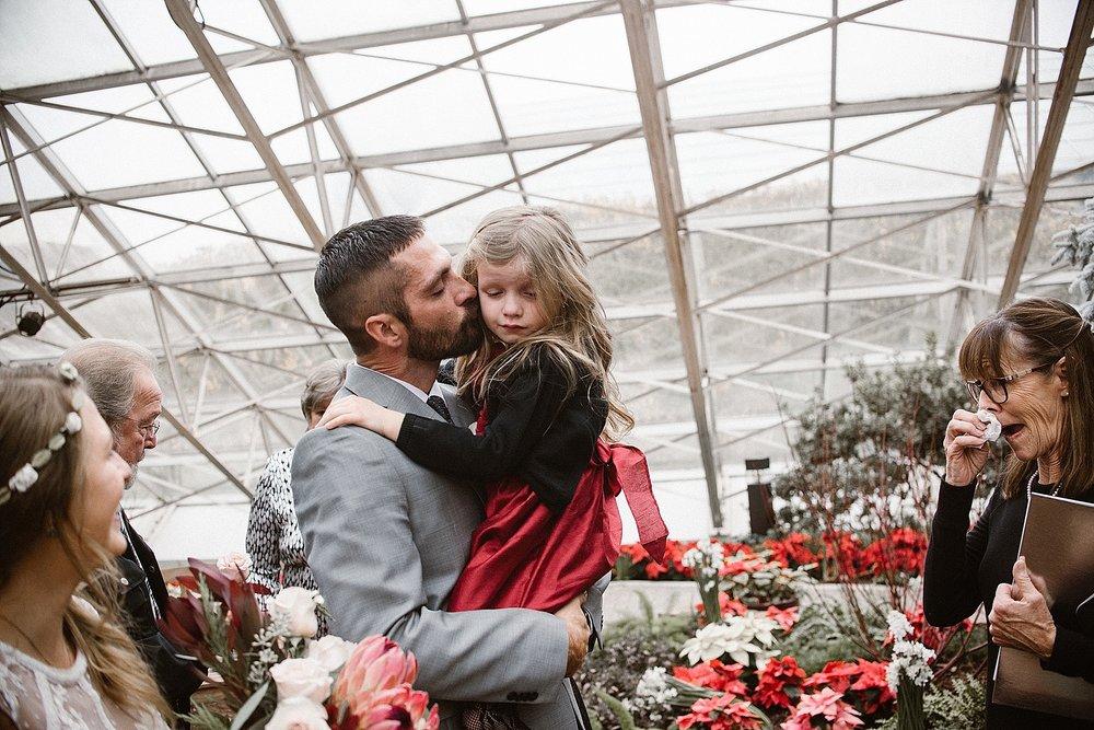 botanical-conservatory-elopement-wedding-fort-wayne-indiana-photographer-19