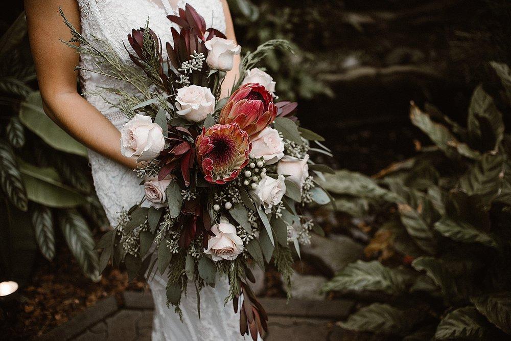 botanical-conservatory-elopement-wedding-fort-wayne-indiana-photographer-30