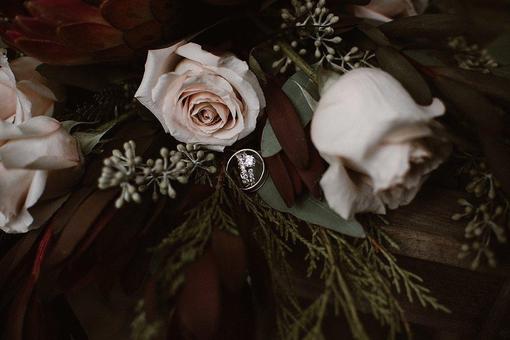 botanical-conservatory-elopement-wedding-fort-wayne-indiana-photographer-38