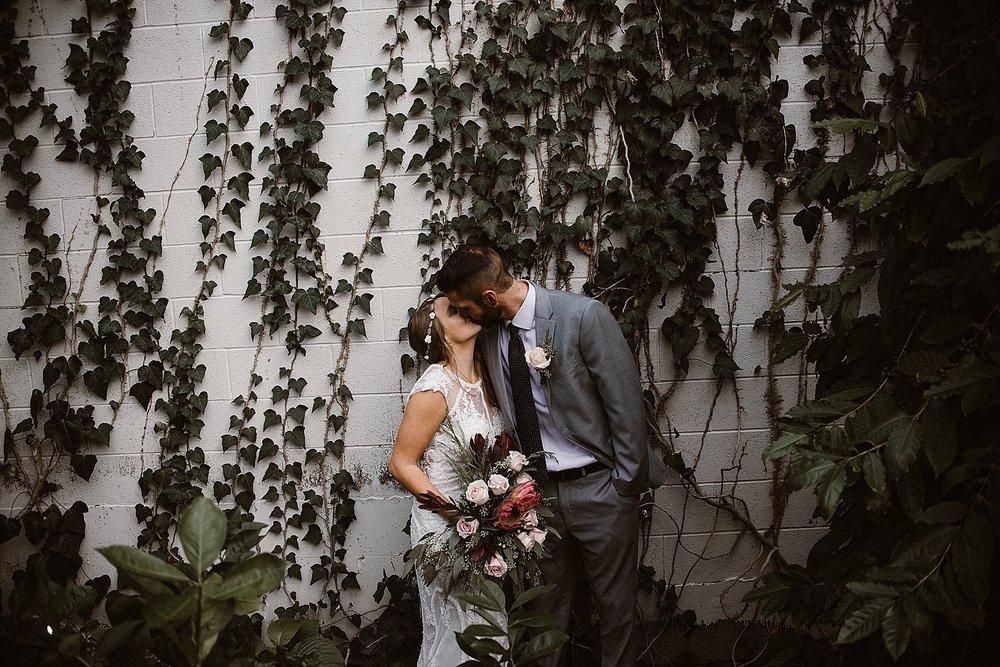 botanical-conservatory-elopement-wedding-fort-wayne-indiana-photographer-39