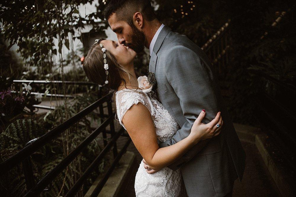 botanical-conservatory-elopement-wedding-fort-wayne-indiana-photographer-40
