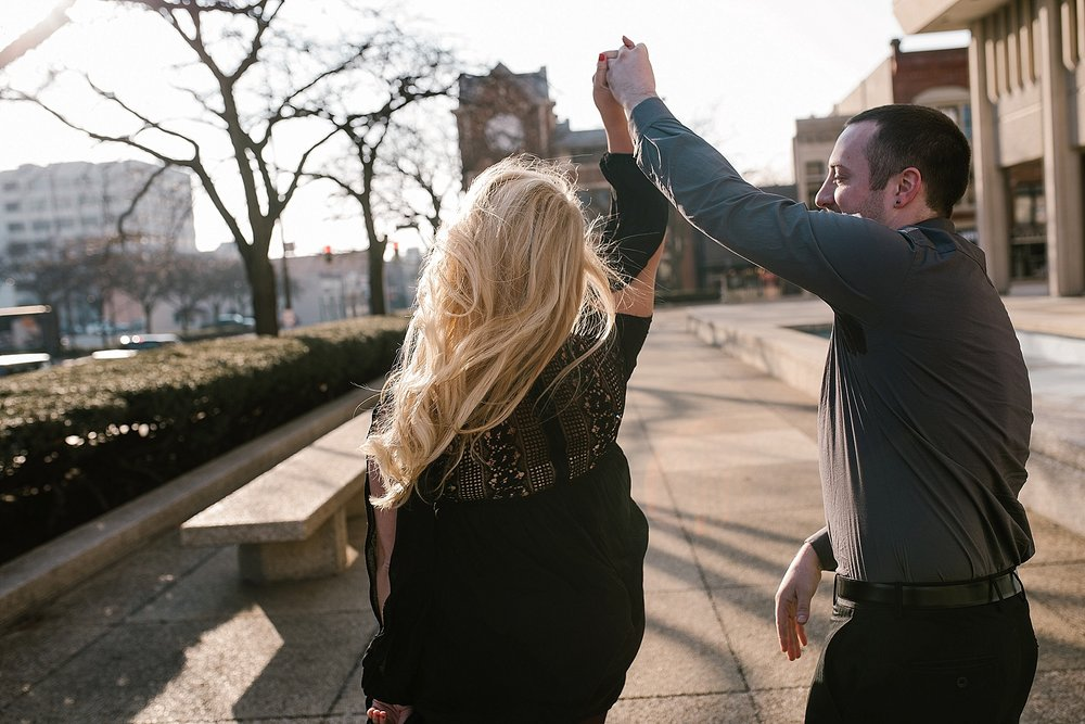 winter-downtown-fort-wayne-wedding-engagement-photographer-1