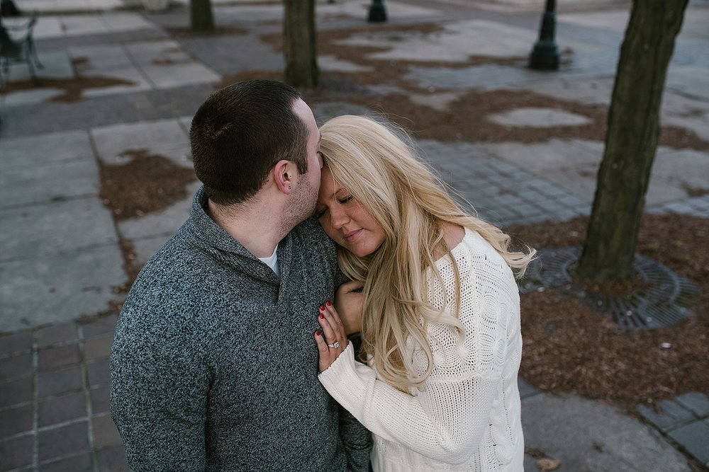 winter-downtown-fort-wayne-wedding-engagement-photographer-10