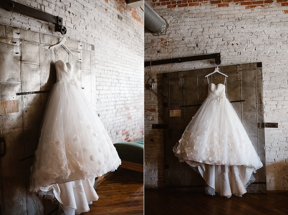 old-bag-factory-whimsical-romantic-wedding-fort-wayne-indiana-photographer