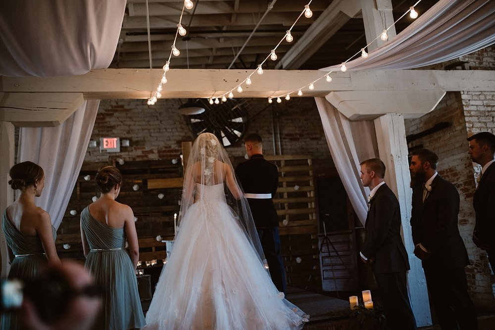 old-bag-factory-whimsical-romantic-wedding-fort-wayne-indiana-photographer-29