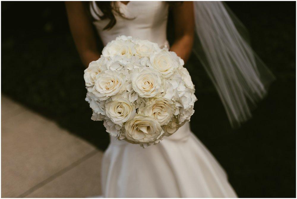 roses-bouquets-trista-miller-bridal-fort-wayne-indiana-wedding