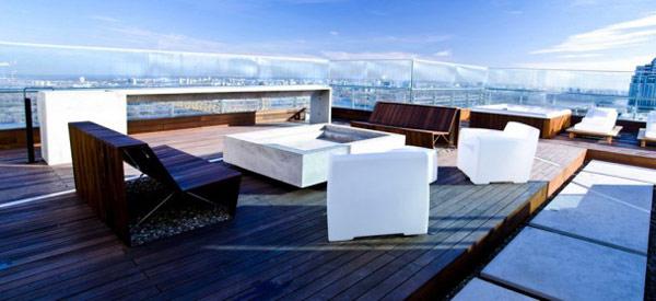 home-improvement-grants-outdoor-living-room-white-sofa-single-table-sun-deck-lounge-area-furnit.jpg