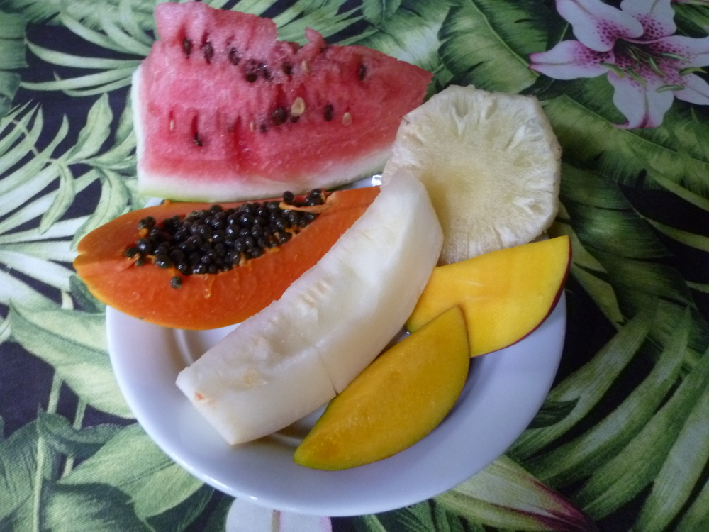 Every day starts with mango, pineapple, papaya & a white melon that was to-die-for.