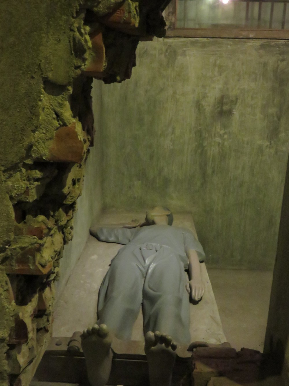More creepy statues of French-imposed prison life