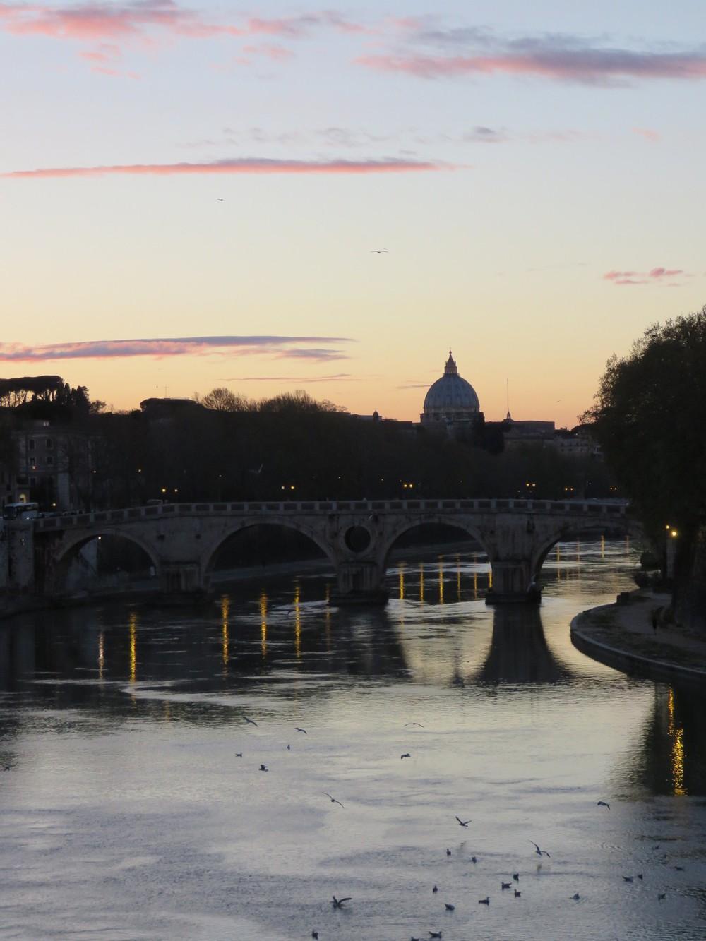 Tiber river sunset views