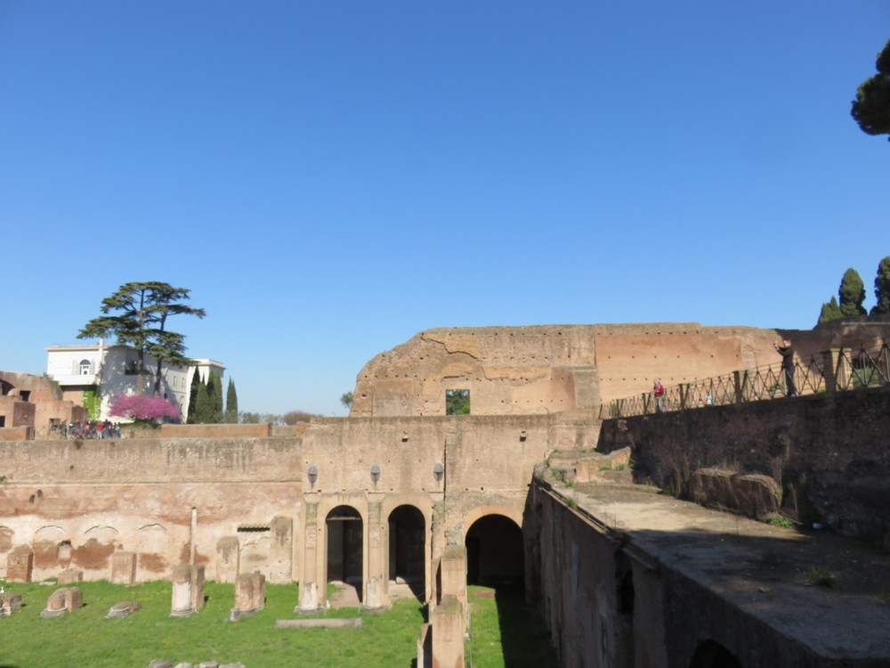 Exploring the ruins of Palatine Hill